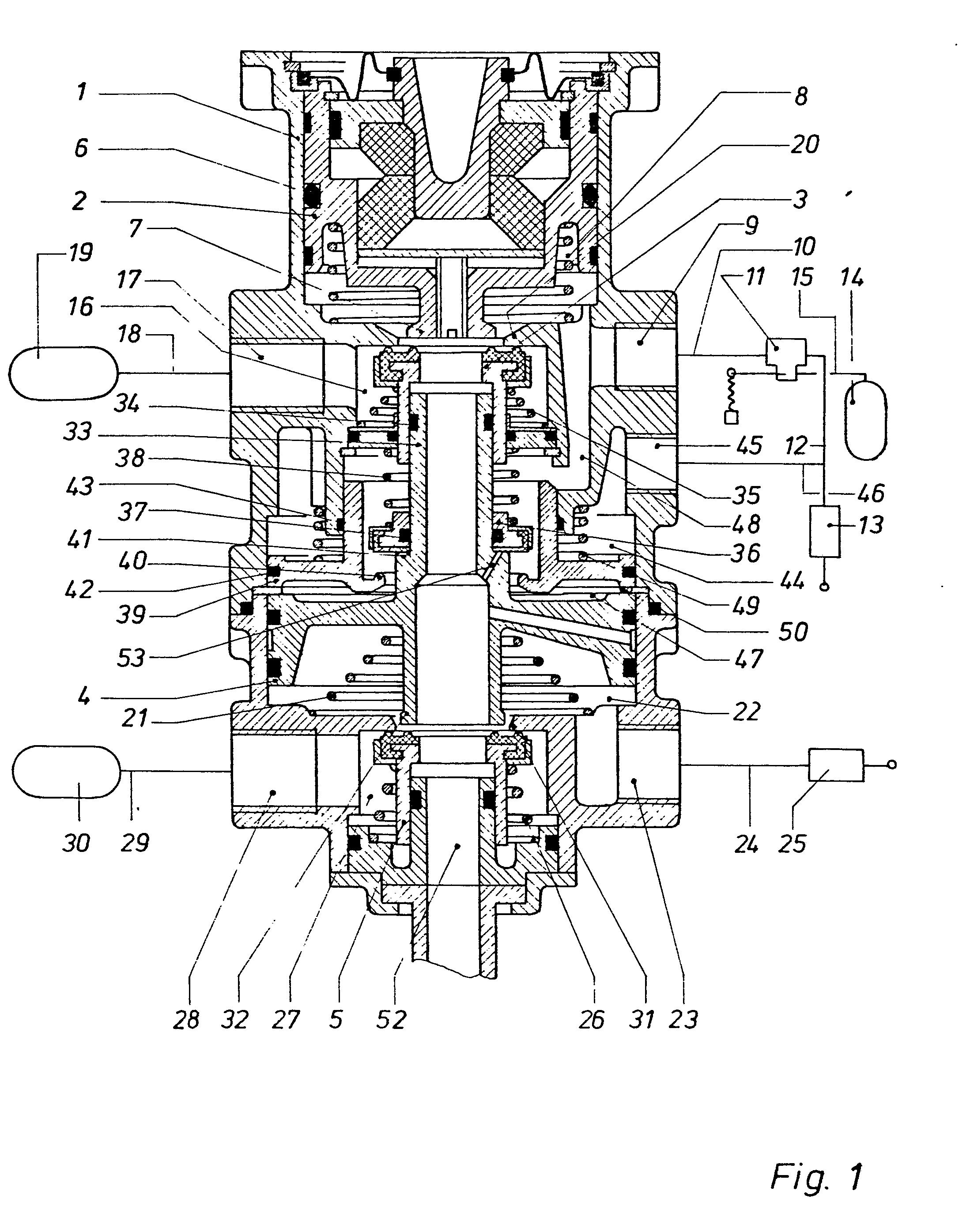 patent ep0052877a1 distributeur double circuit pour installation de freinage deux circuits. Black Bedroom Furniture Sets. Home Design Ideas
