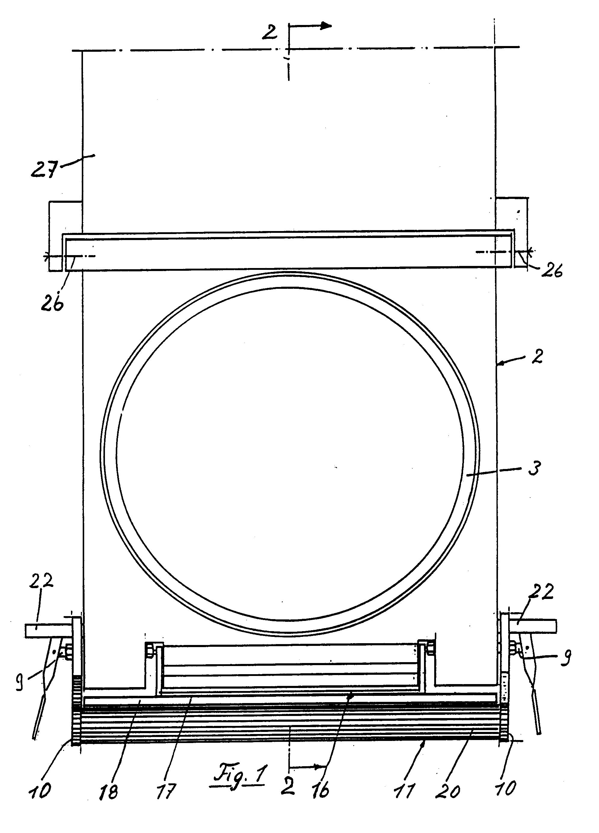 Patent ep0444084b1 passe plat s 39 inserant dans des portes for Passe plat mur porteur