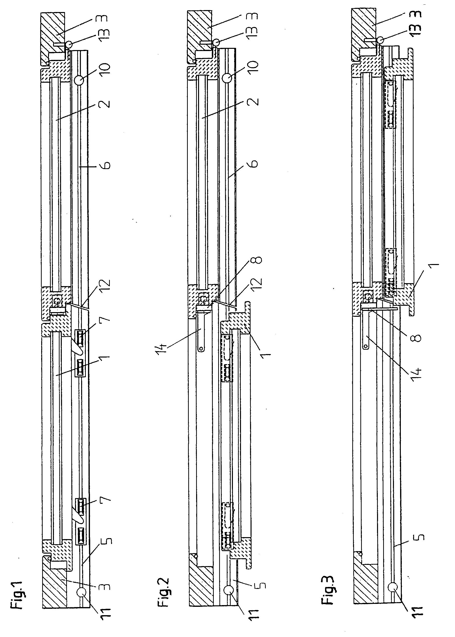 Patent ep0694667a1 schiebeelement insbesondere for Schiebe fenster