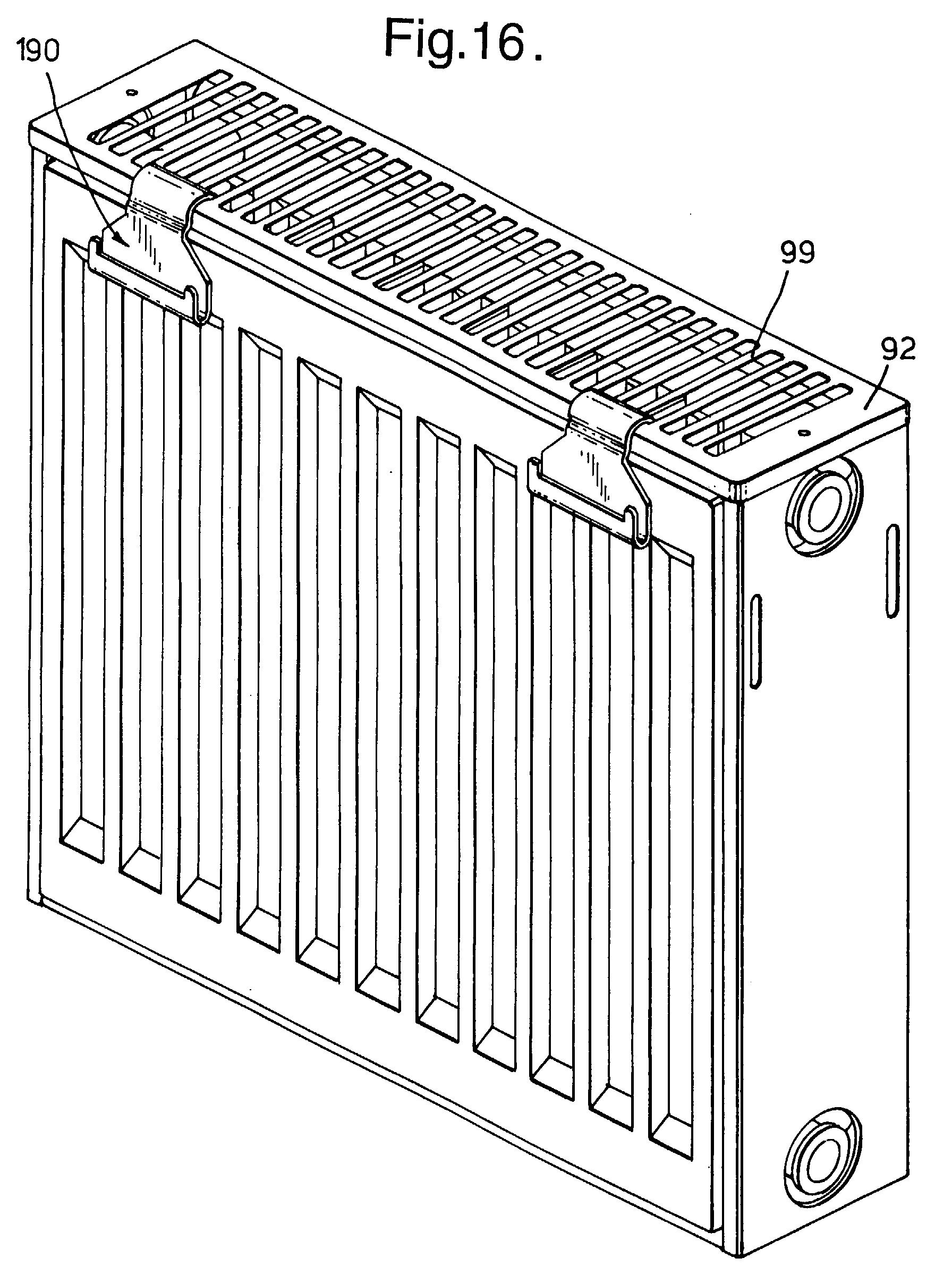 patent ep0840067a2 klauenartiges halteteil haltepratze f r eine bohr wandoder standkonsole. Black Bedroom Furniture Sets. Home Design Ideas