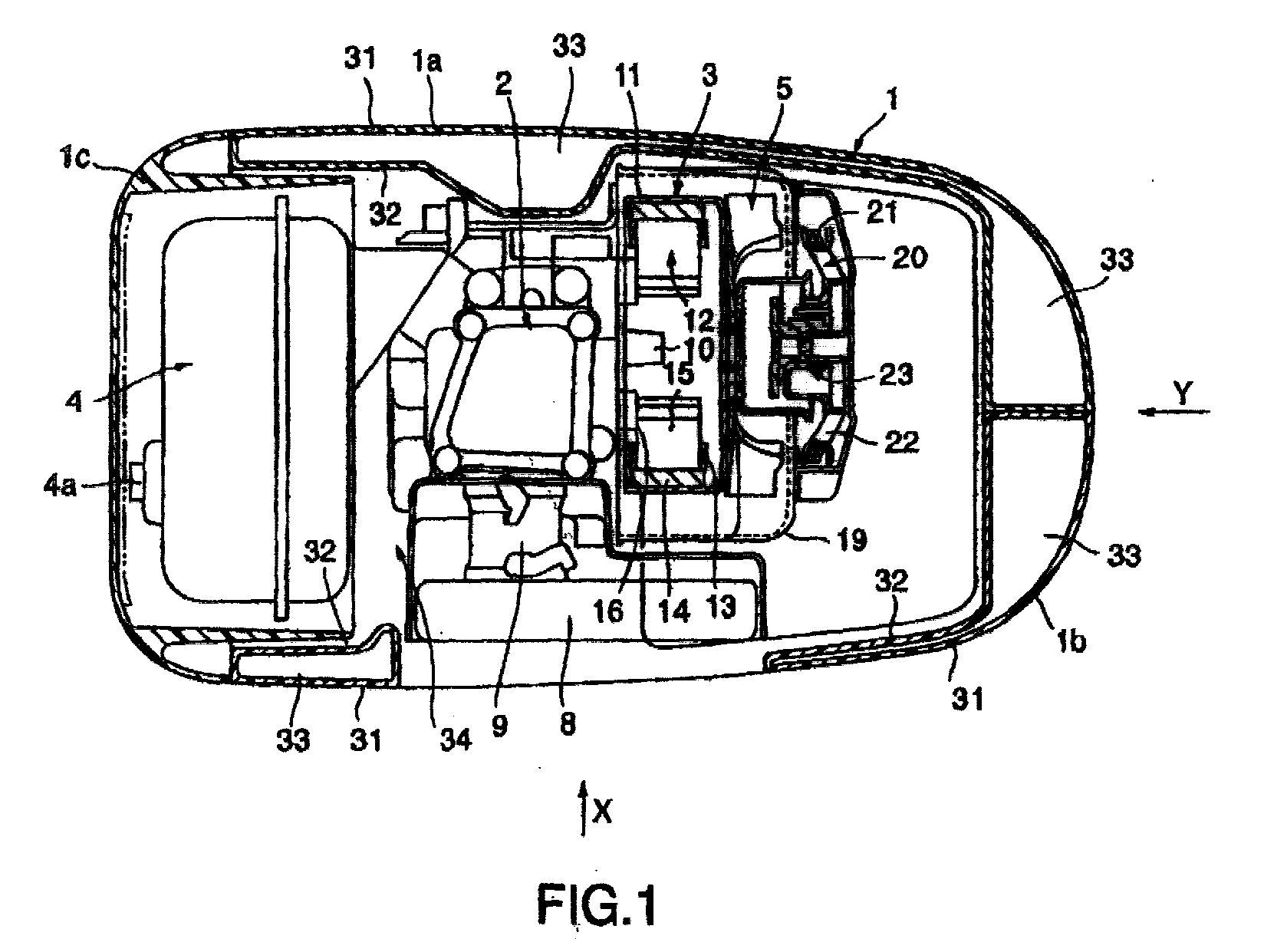 专利ep1124046a3 - engine