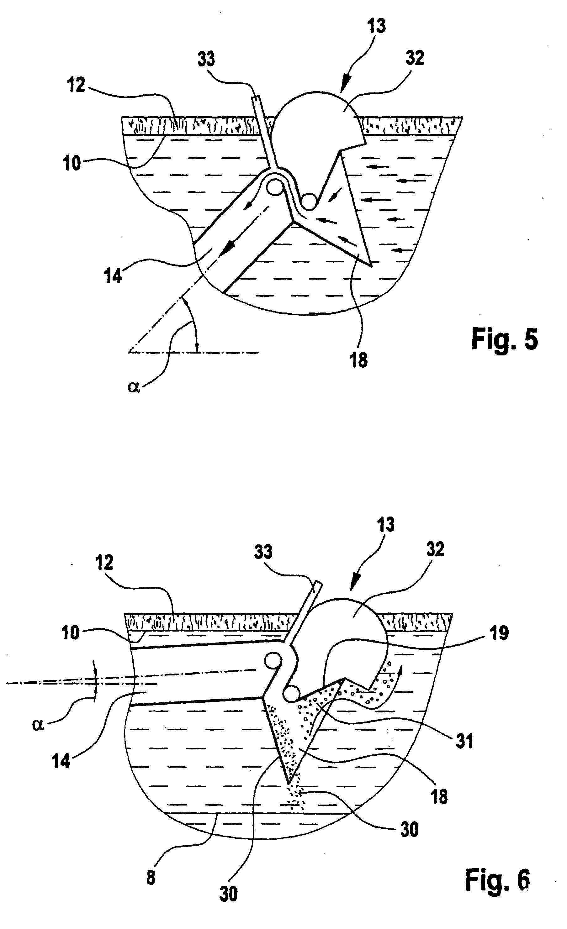 patent ep1138363b1 vorrichtung zum abziehen von gereinigtem wasser aus einem beh lter bei der. Black Bedroom Furniture Sets. Home Design Ideas