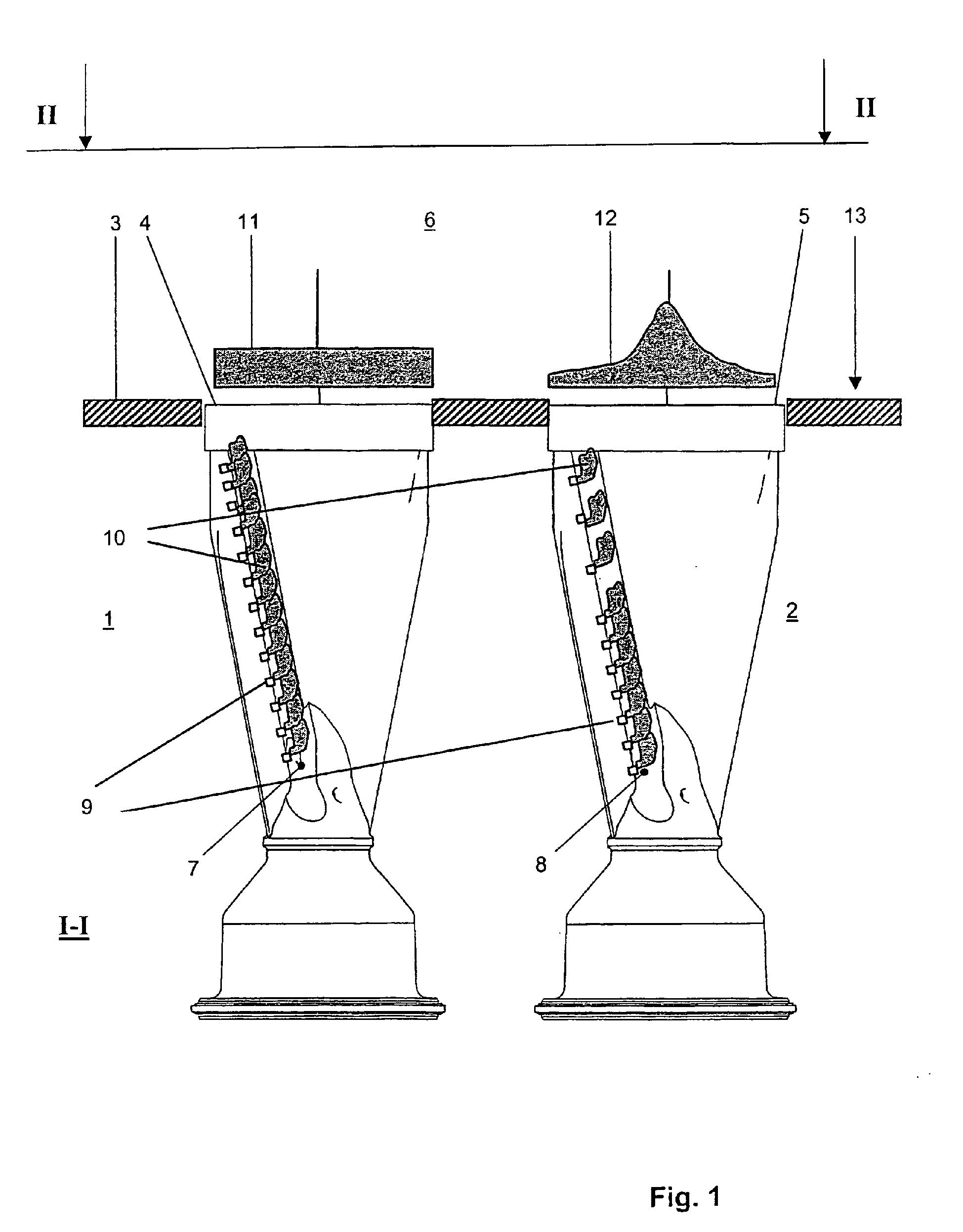 Patent ep1235033b1 chambre de combustion annulaire et for Chambre de combustion annulaire