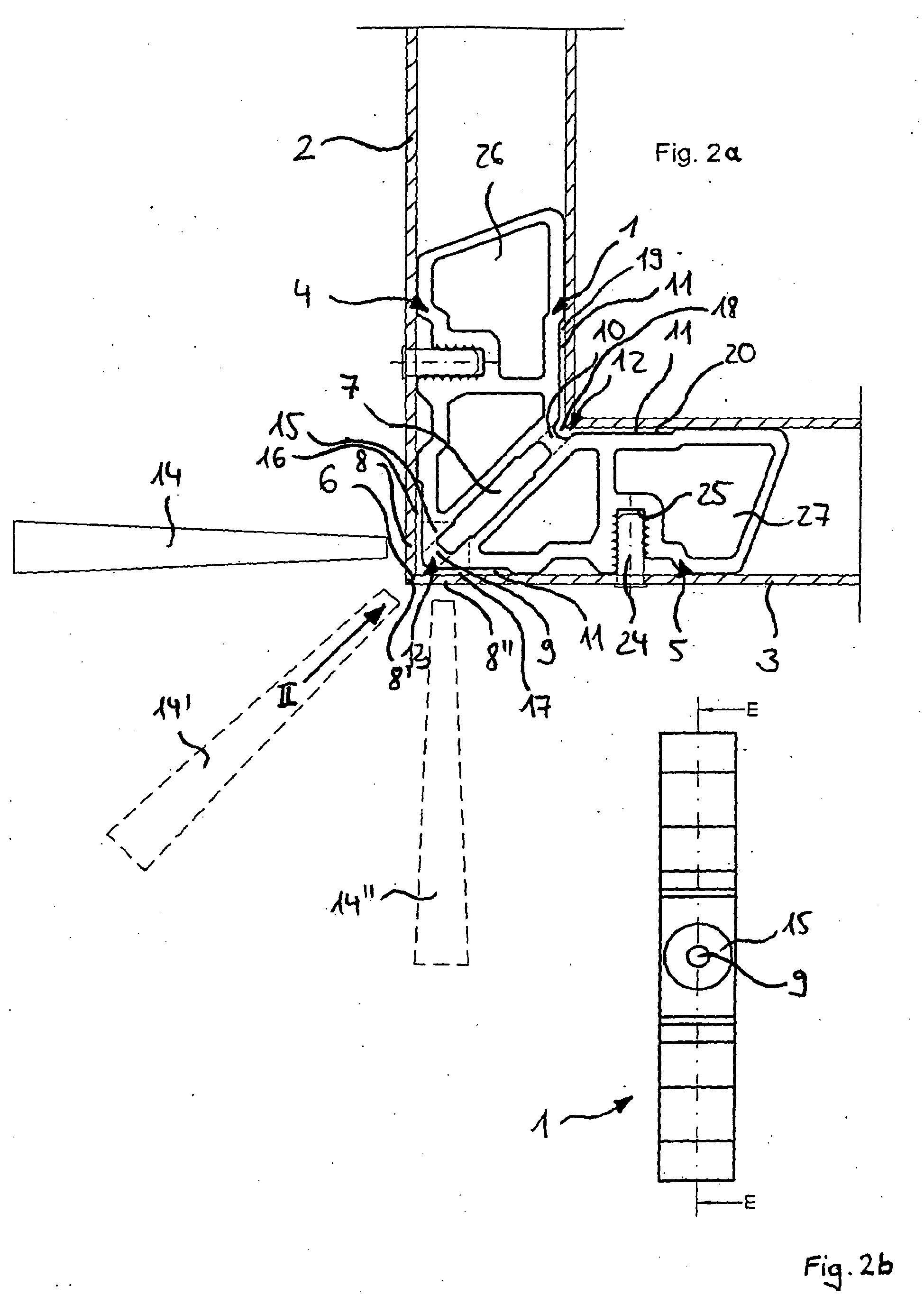Patent ep1580389b1 joint d 39 angle pour un assemblage onglet des profiles creux de fen tres ou - Assemblage coupe d onglet ...