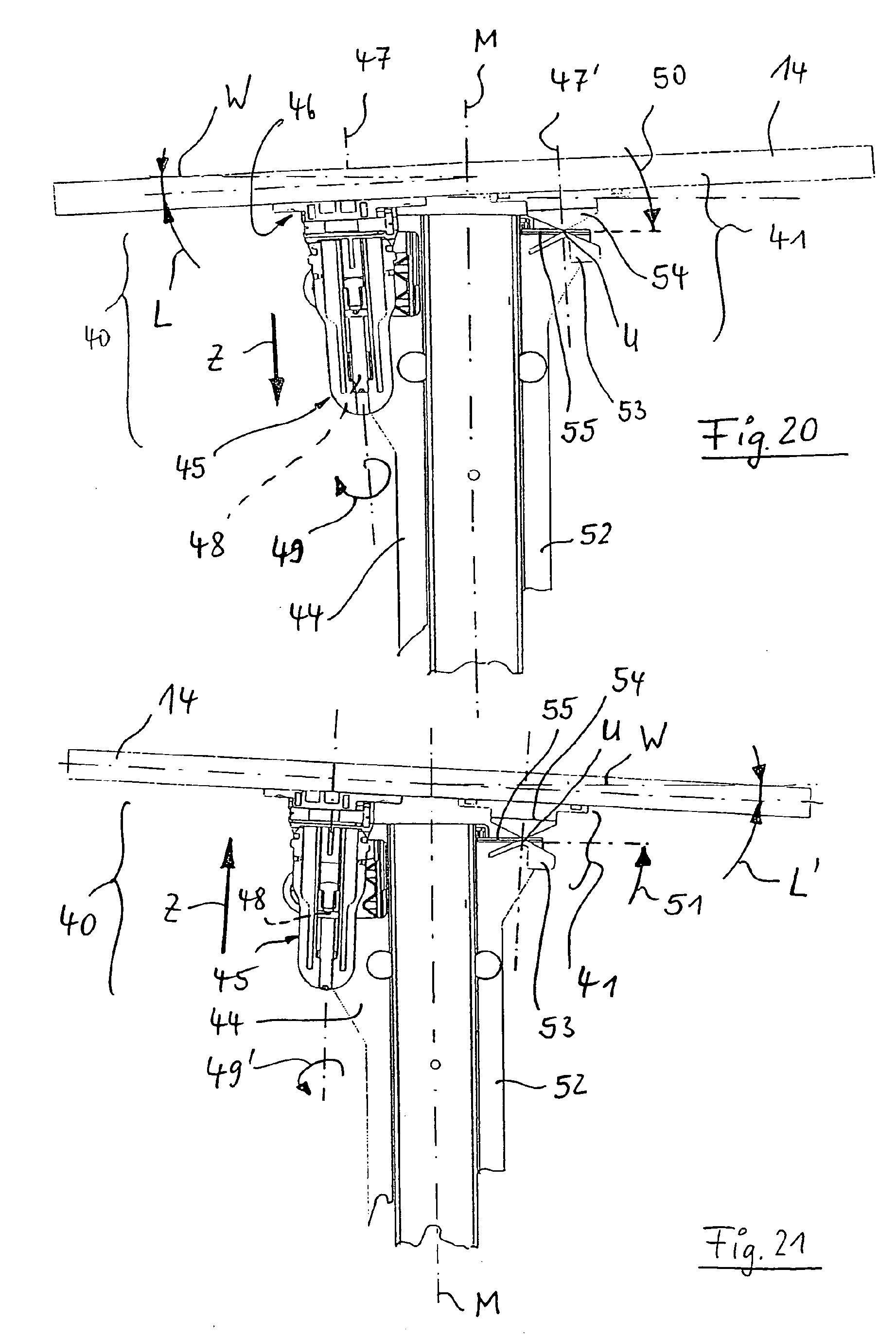 Patente EP1712153B1 - Eckschrank, insbesondere Kücheneckschrank ... | {Kücheneckschrank 14}