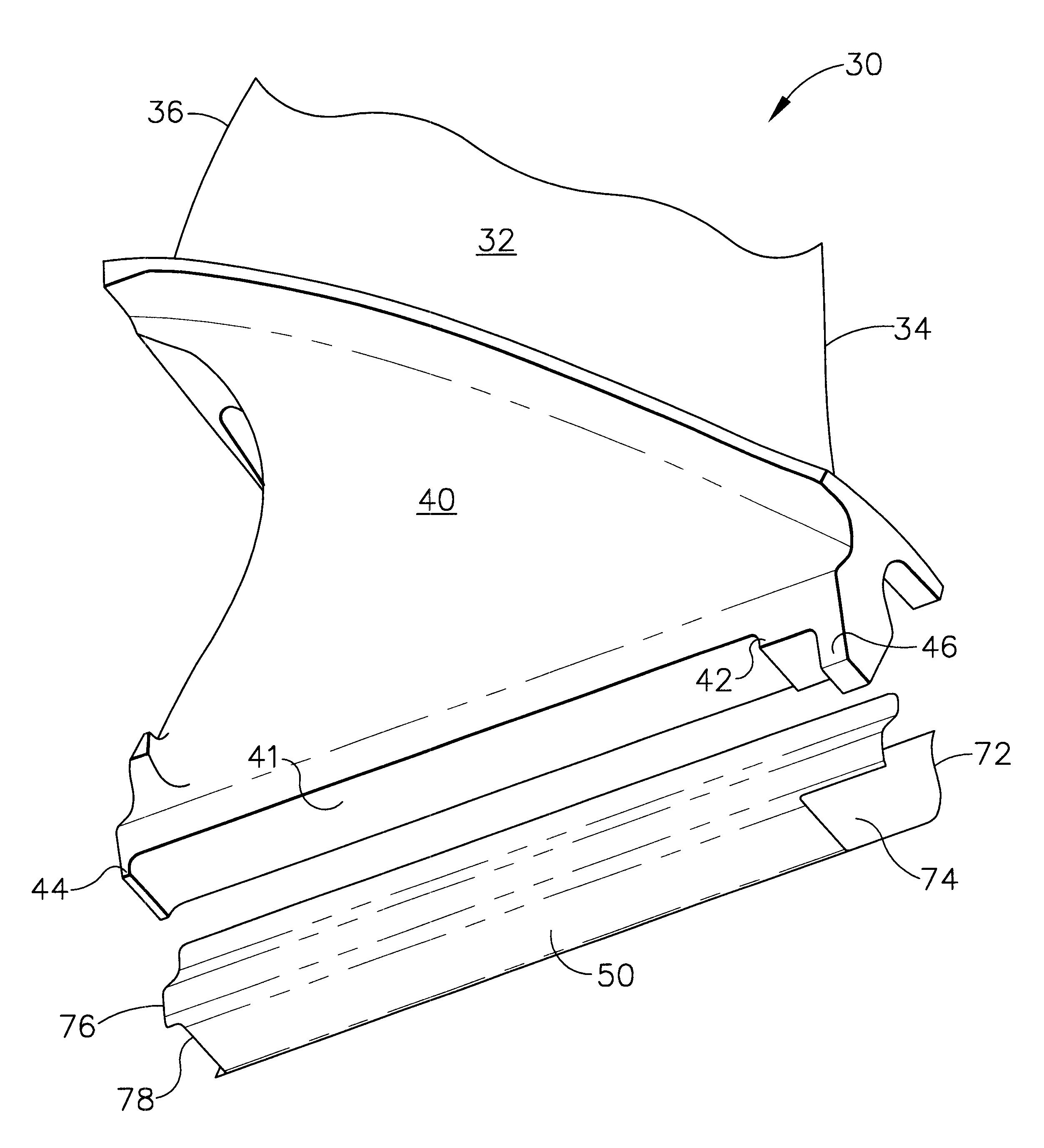 brevet us6431835 - fan blade compliant shim