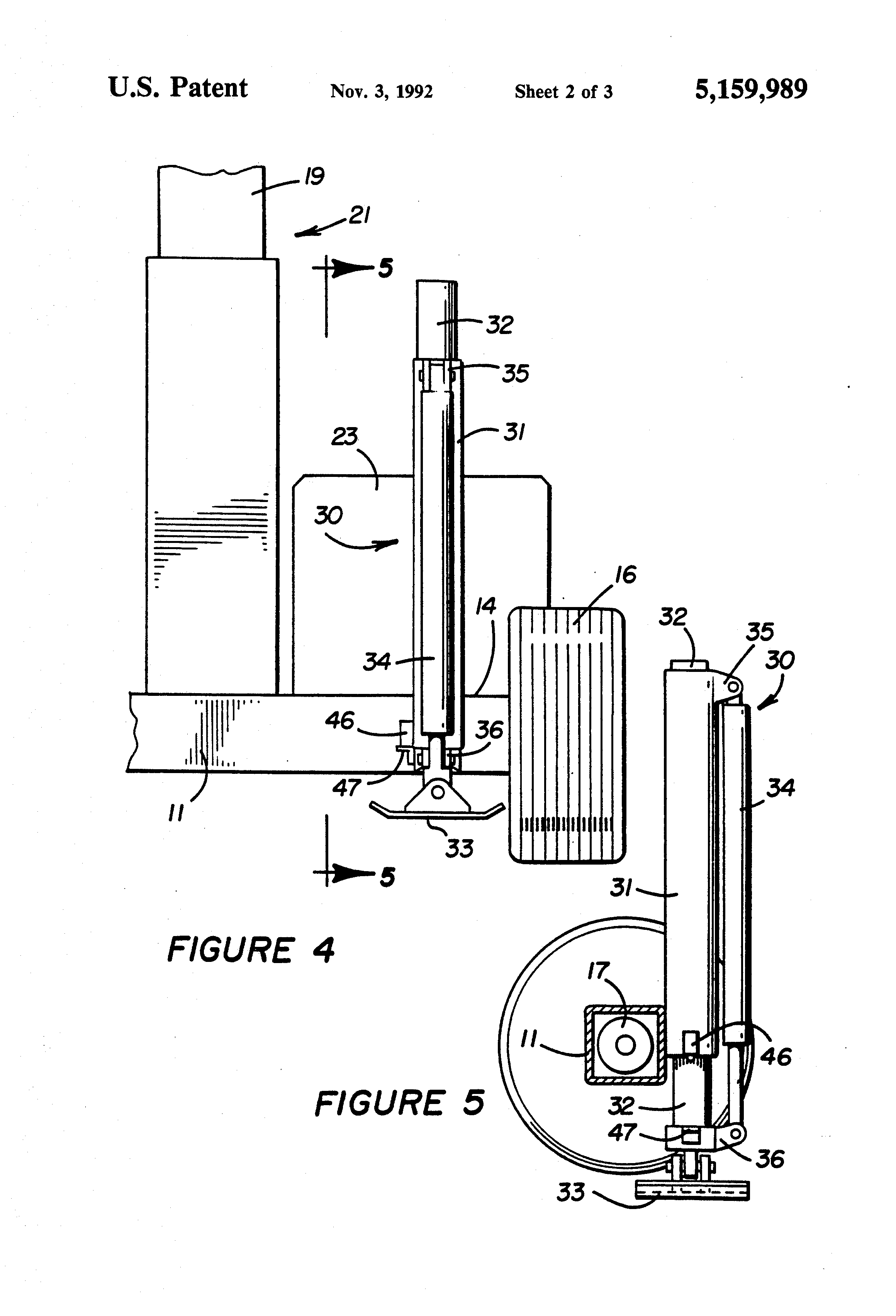 patent us5159989 - automatic hydraulic leveling system