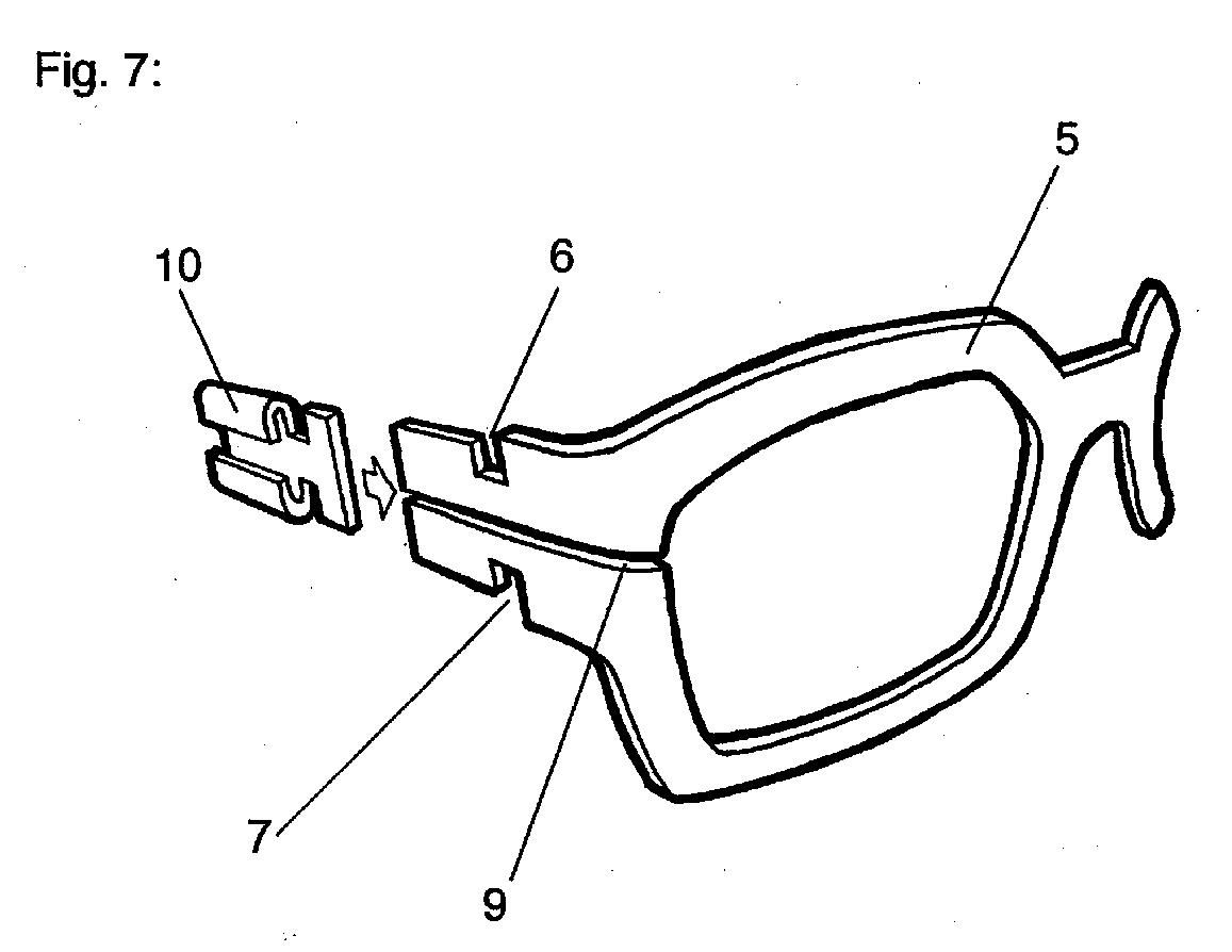 EP0863424A1 - Dreiteiliges, schraubenloses Brillengestell aus Blech ...