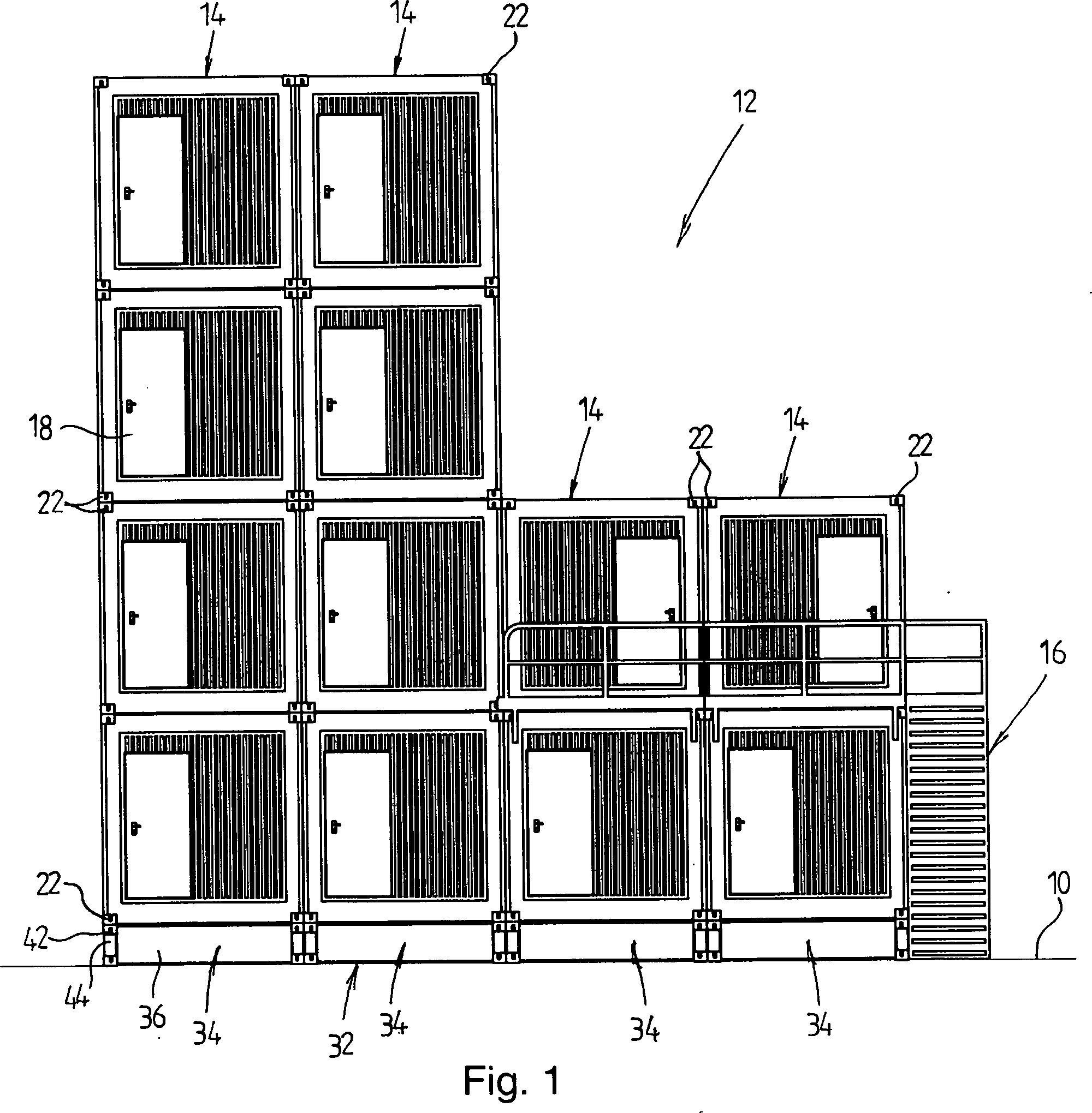 patent de102013014686a1 bauwerk aus mindestens einem standard container fundament daf r und. Black Bedroom Furniture Sets. Home Design Ideas