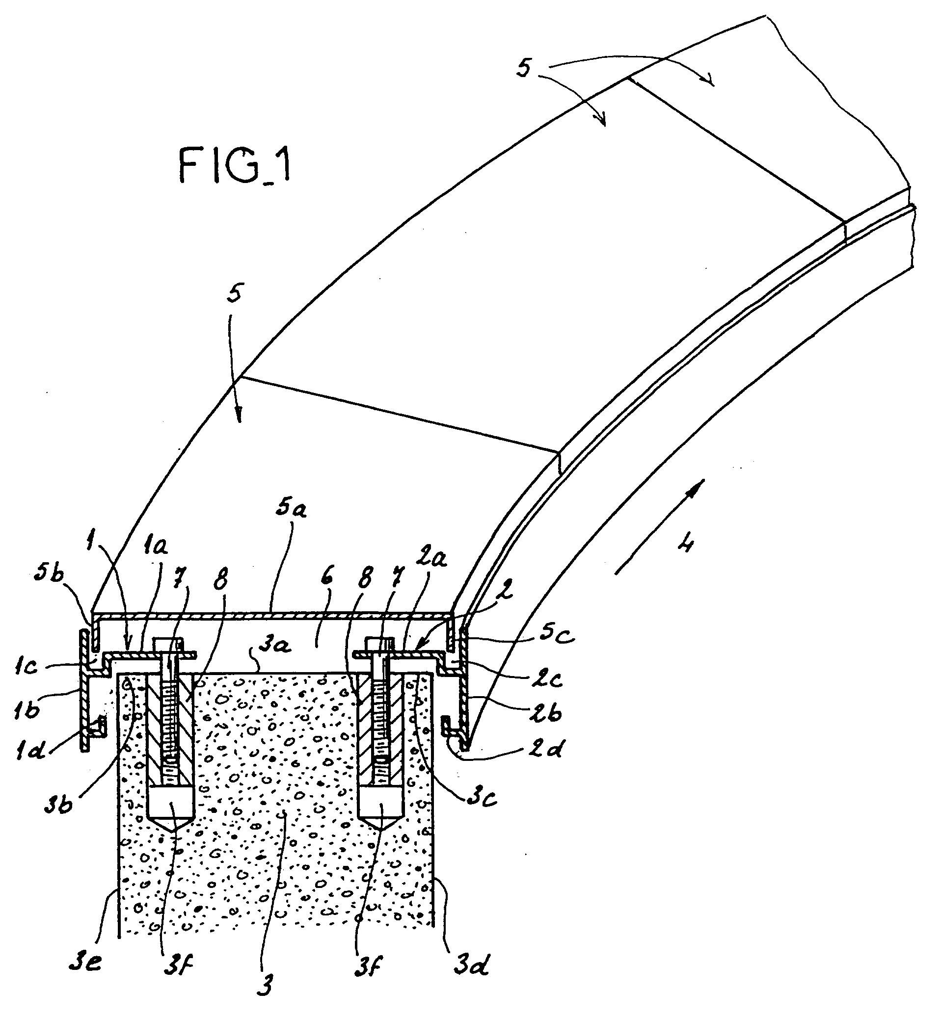 Patent ep0507703b1 syst me de recouvrement d 39 un mur google patents - Comment poser des couvertines sur un muret ...