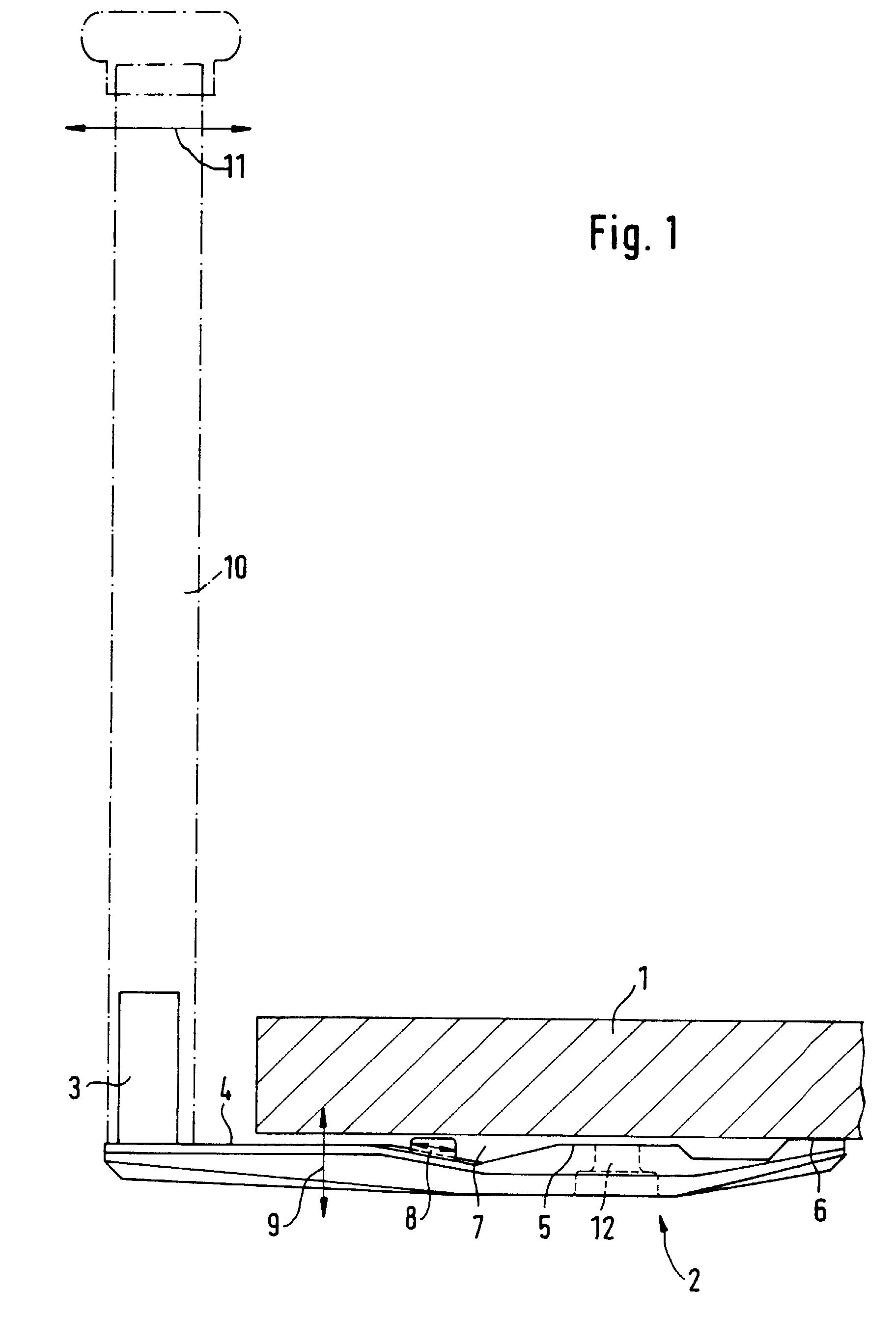 Balkongeländer Befestigung Unterseite patent ep0644307b1 pfostenhalter für vorgesetzte balkongeländer