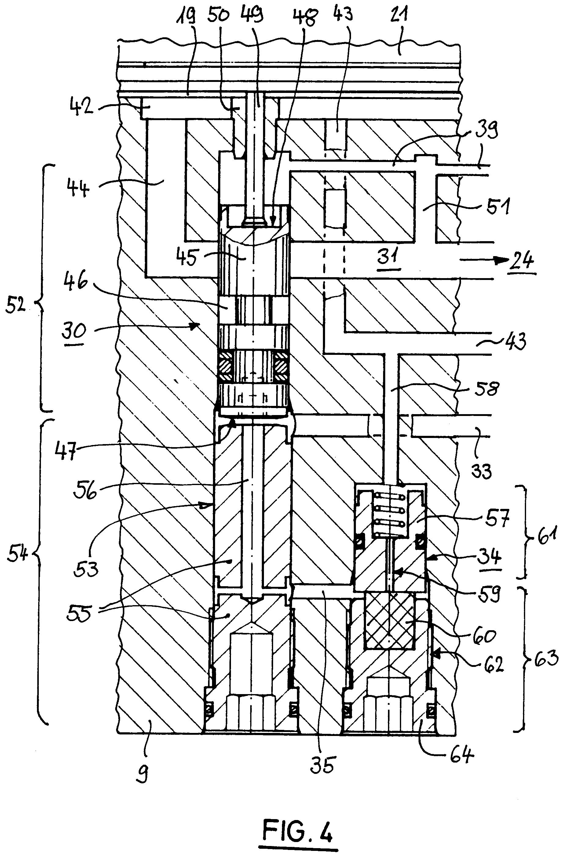 Patent EP0766010A2 - Hydraulisch angetriebenens Handwerkzeug ...