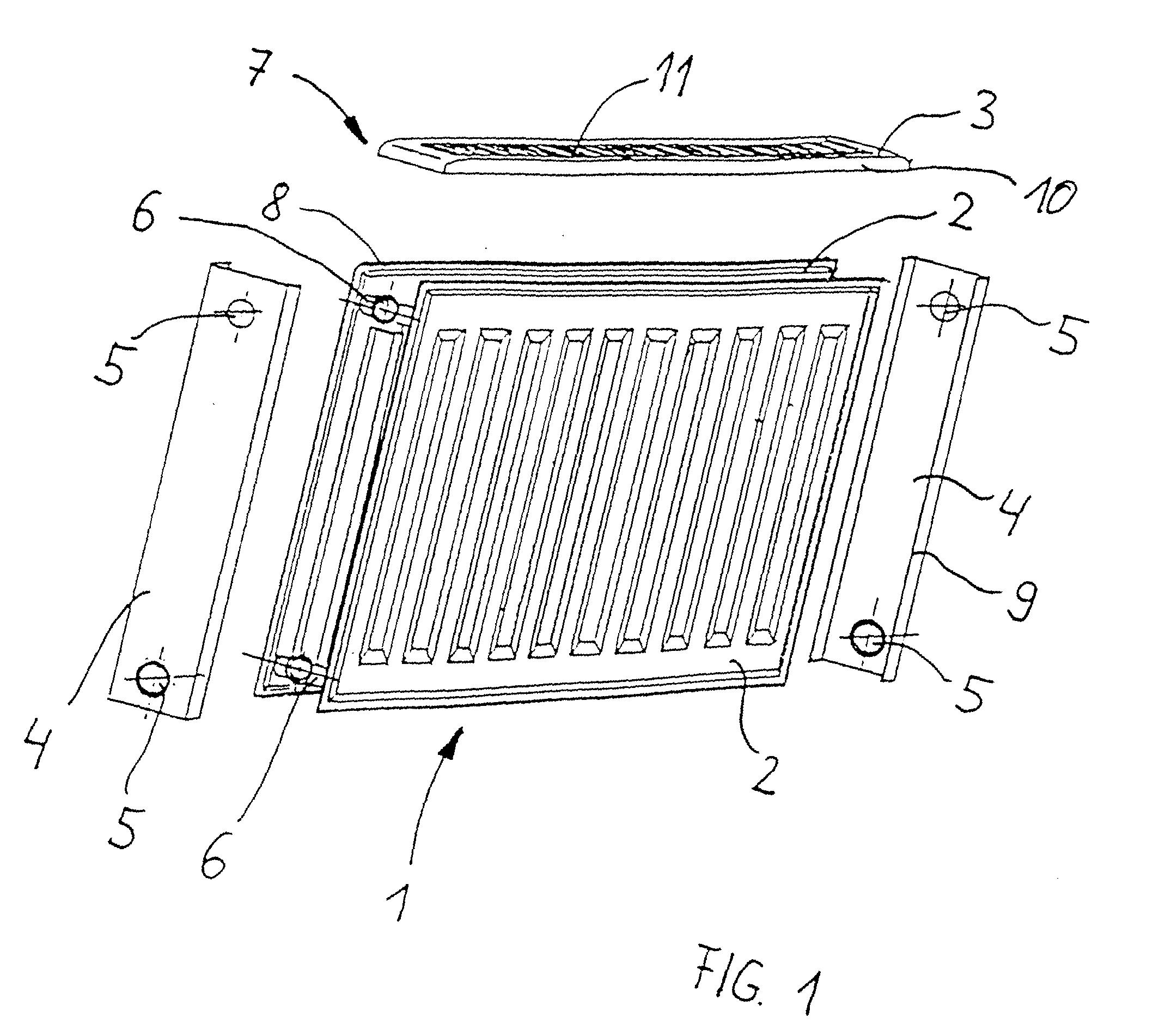 patent ep0974791a2 verkleidung f r einen plattenheizk rper mit aussenliegendem. Black Bedroom Furniture Sets. Home Design Ideas