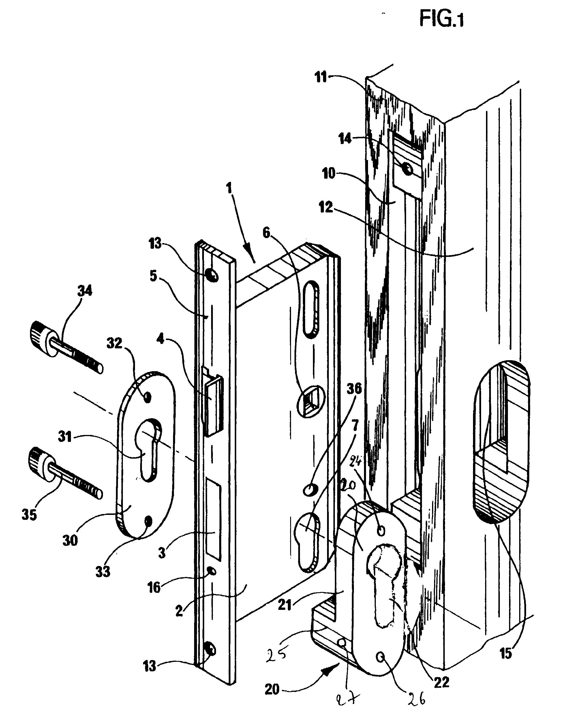 patent ep1098052a1 dispositif de protection du cylindre de s rete d 39 une serrure larder. Black Bedroom Furniture Sets. Home Design Ideas