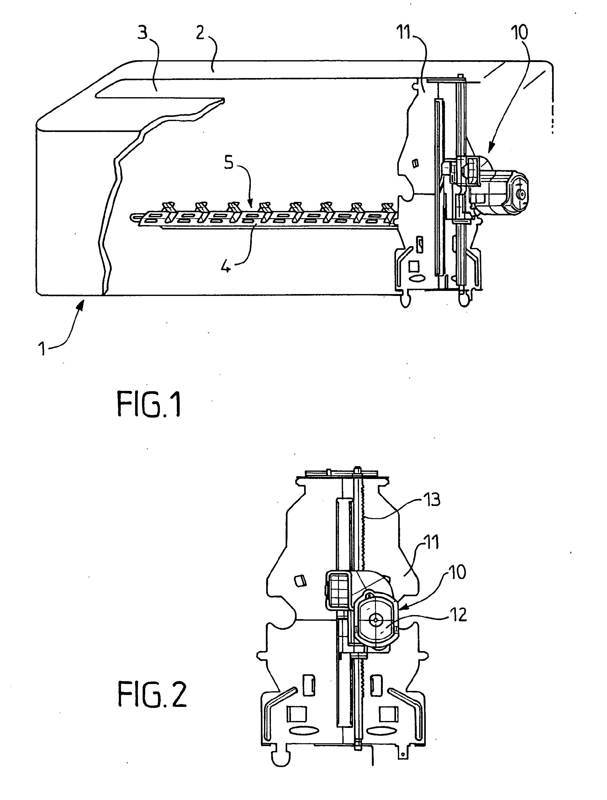 patent ep1498061a1 appareil lectrom nager lectrique quip d 39 un moteur lectrique et. Black Bedroom Furniture Sets. Home Design Ideas