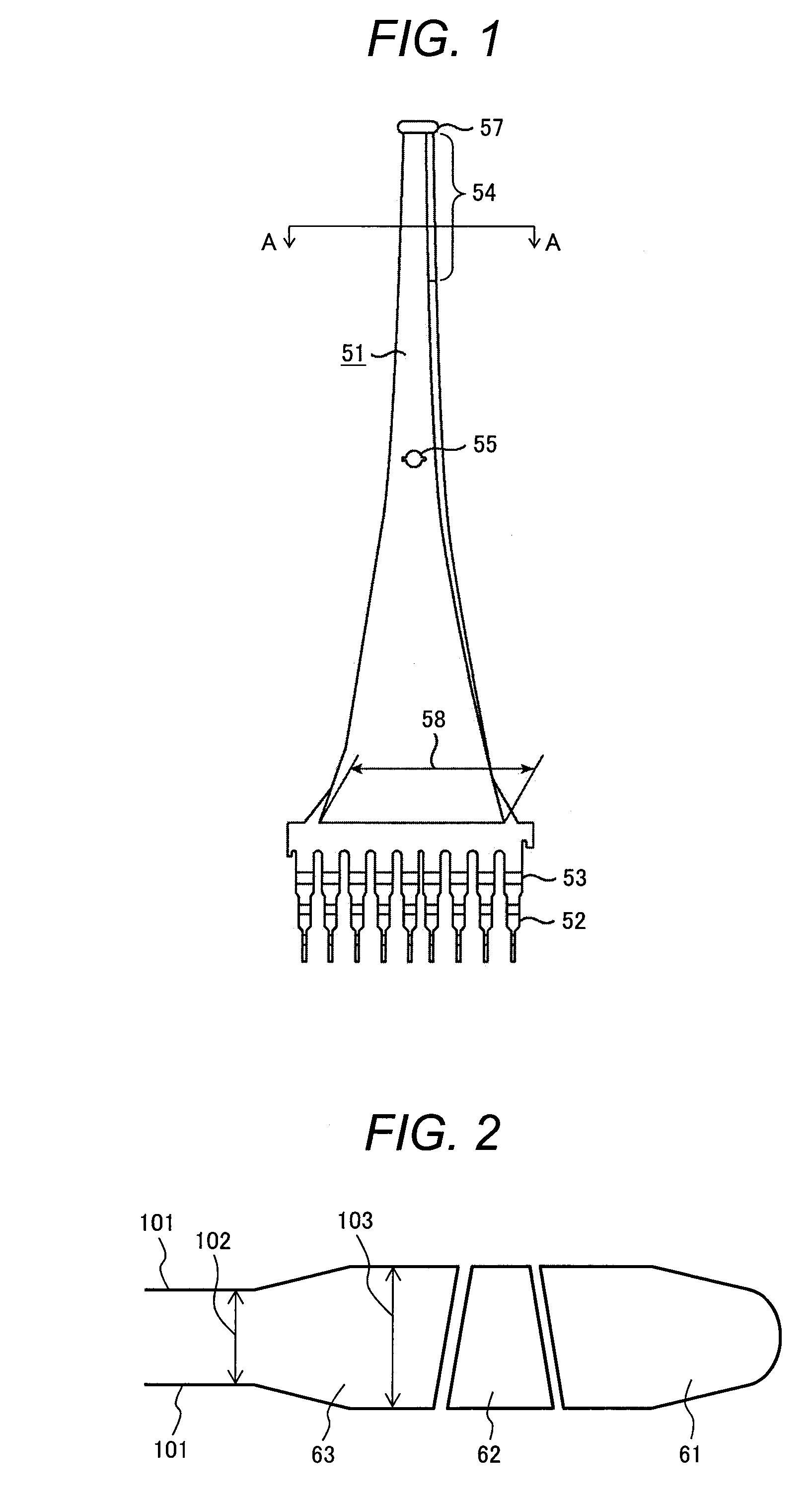 Patent US Turbine Blade and Turbine Rotor and Steam