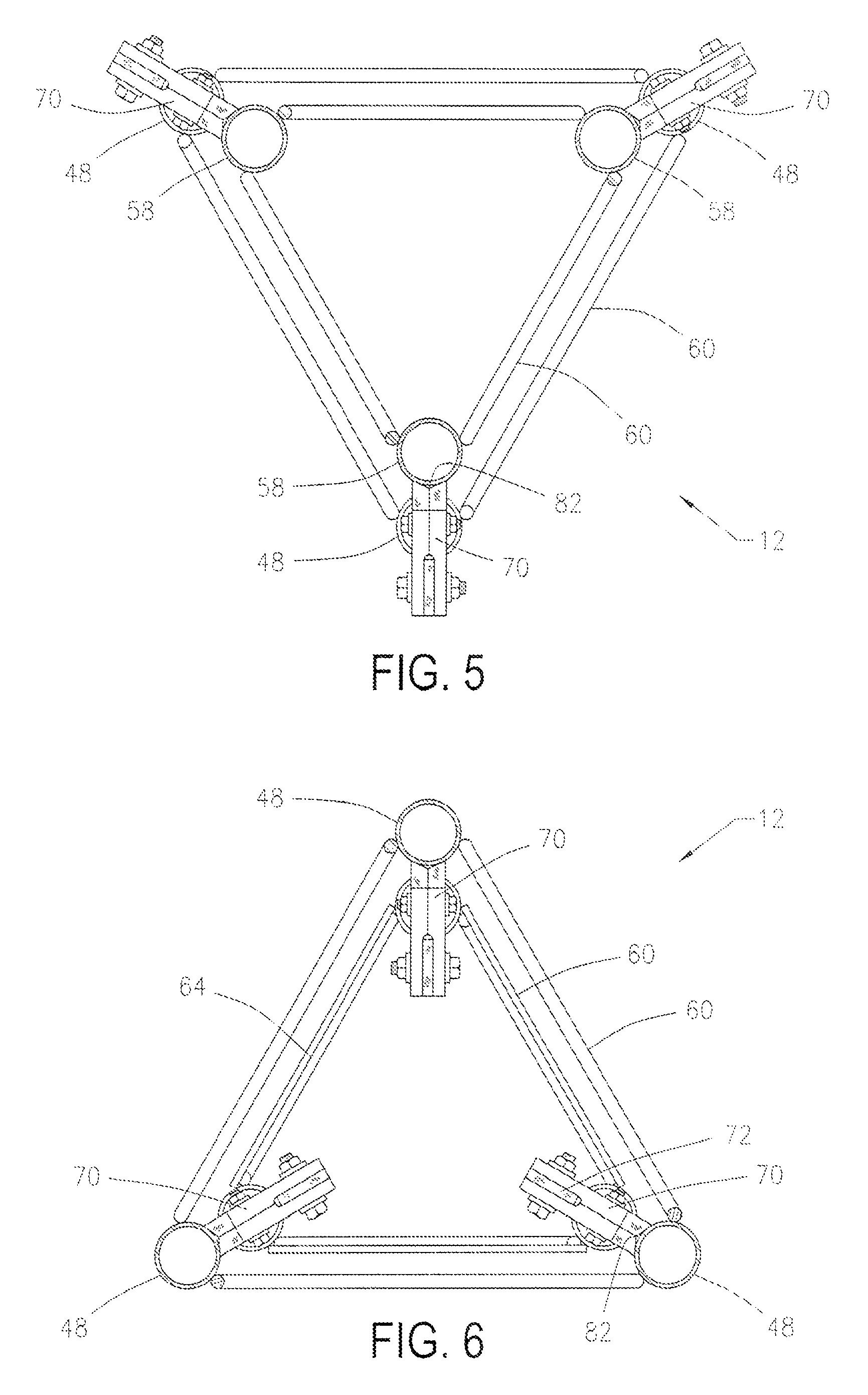 براءة الاختراع US7574832 - Portable telescoping tower