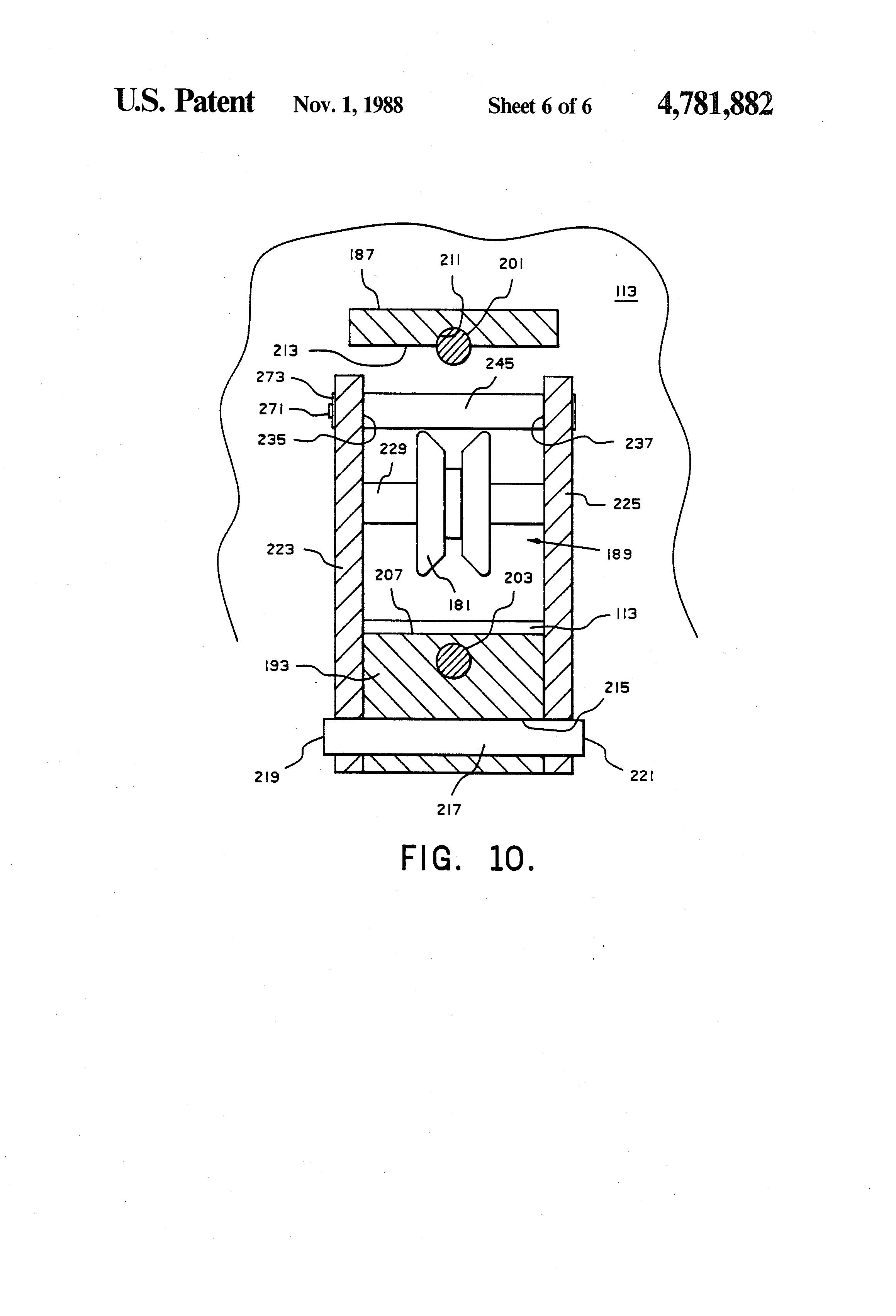 Brevet US4781882 - Guide roller assembly for nuclear reactor