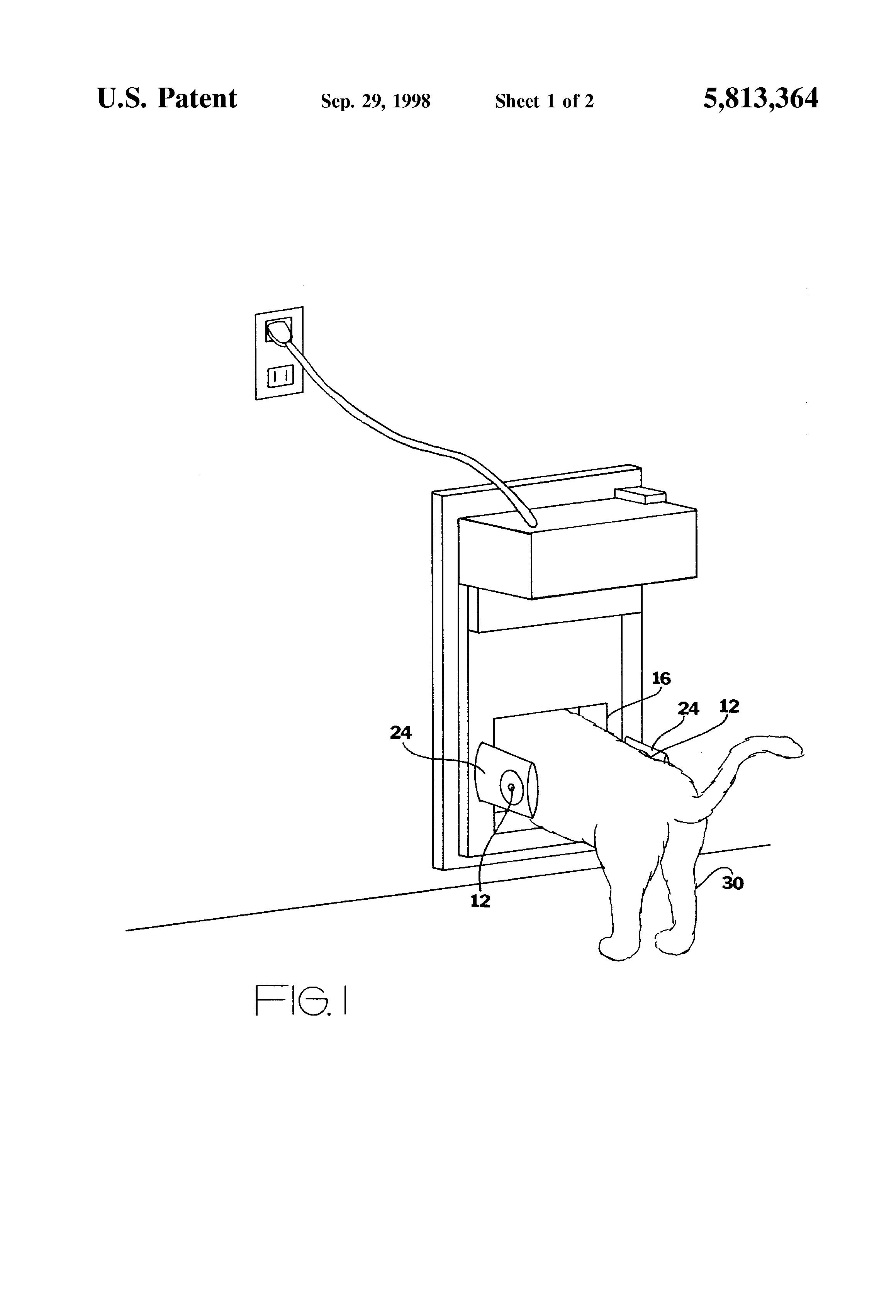 Patent Us5813364 Automatic Pet Door Housing Google Patenten Op Wiring Diagram Moreover Gate Opener Drawing